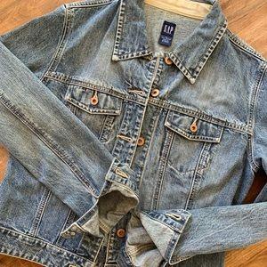 Gap | denim jacket | size M